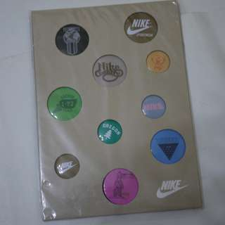 SET OF 10 NIKE PINS PIN RARE COLLECTIBLE (包平郵)