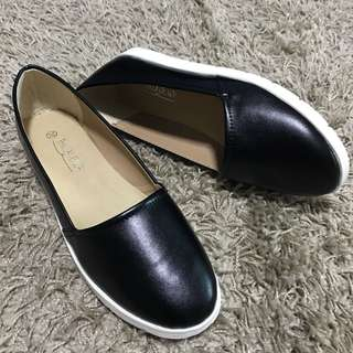 Simple Black Flats By Buckle Up INSTOCK 35-41