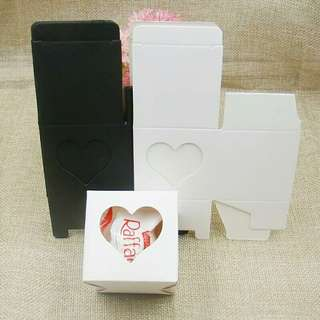 5*5*5cm Pack of 12 White/Black Paper Cake Boxes Heart Window Top Cupcake Muffin Box Holds Single Cake cook candy box