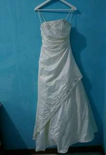 Wedding Gown (complete with veil)
