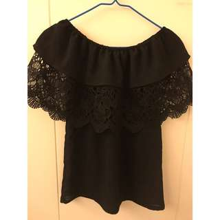 Beautiful women top in black lace