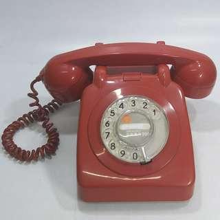 懷舊  70年代  香港電話公司  紅色攪盤電話  巿面少見(不包好壞)