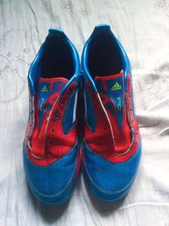 Adidas F10 Football Soccer Shoes size 4.5us