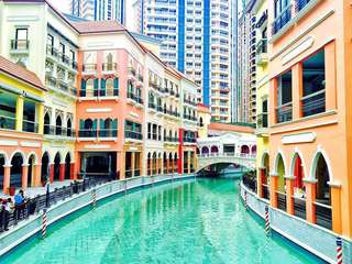 McKinley Hill studio unit for Rent (near Venice Grand Canal Mall)