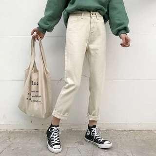 復古寬鬆米白色牛仔褲