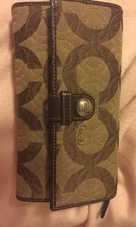 COACH tri-fold wallet - authentic!
