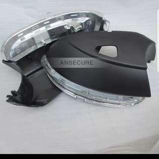 Right mirror side Turn Signal Light With hole For VW Jetta 6 MK6 Passat B7 CC Golf 6 Golf 7
