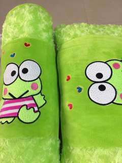 Frog children pillow set