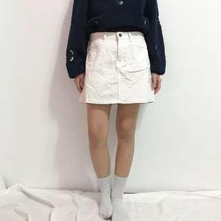🚚 Room4白色工作裙