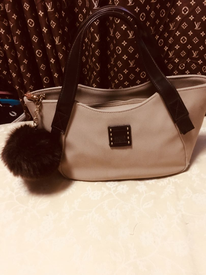 Authentic girbaud preloved!