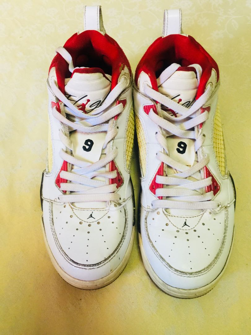 authentic jordan for your kid! preloved! sign of usage!