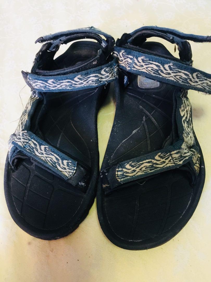Authentic teves sandals for men!