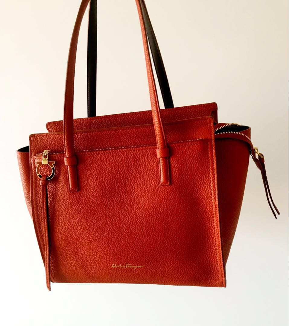 83fdffabc9 Brand New Unused Salvatore Ferragamo Amy medium Tote Bag ...