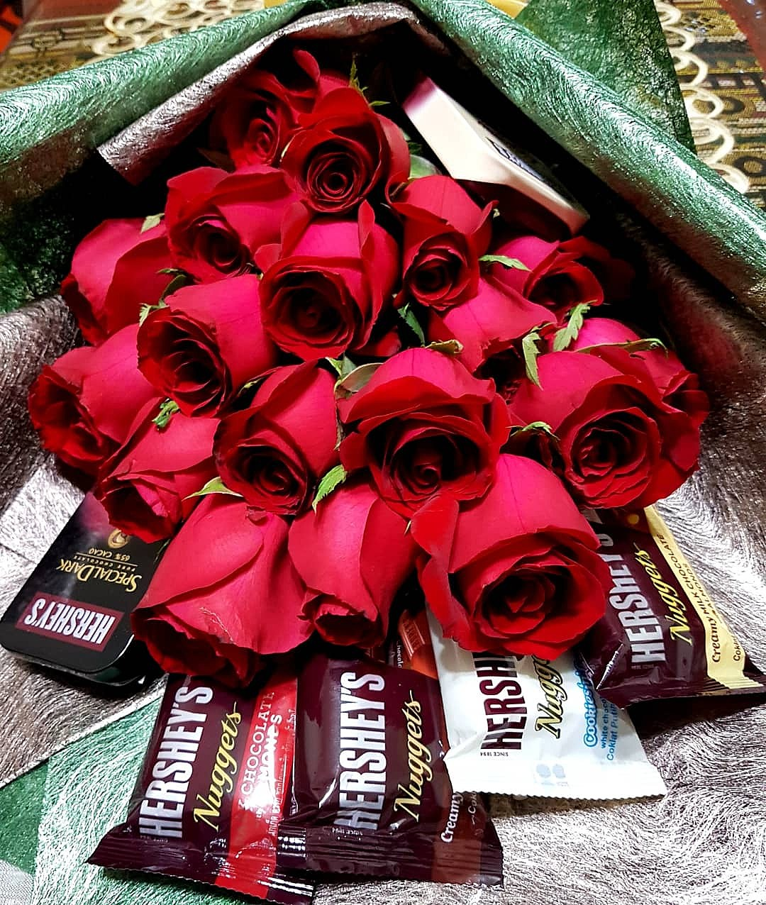 Chocolate flower hand bouquet design craft others on carousell izmirmasajfo