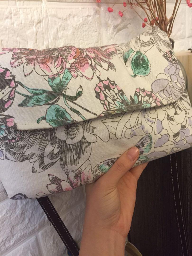 Floral print Bag  花花斜挎袋