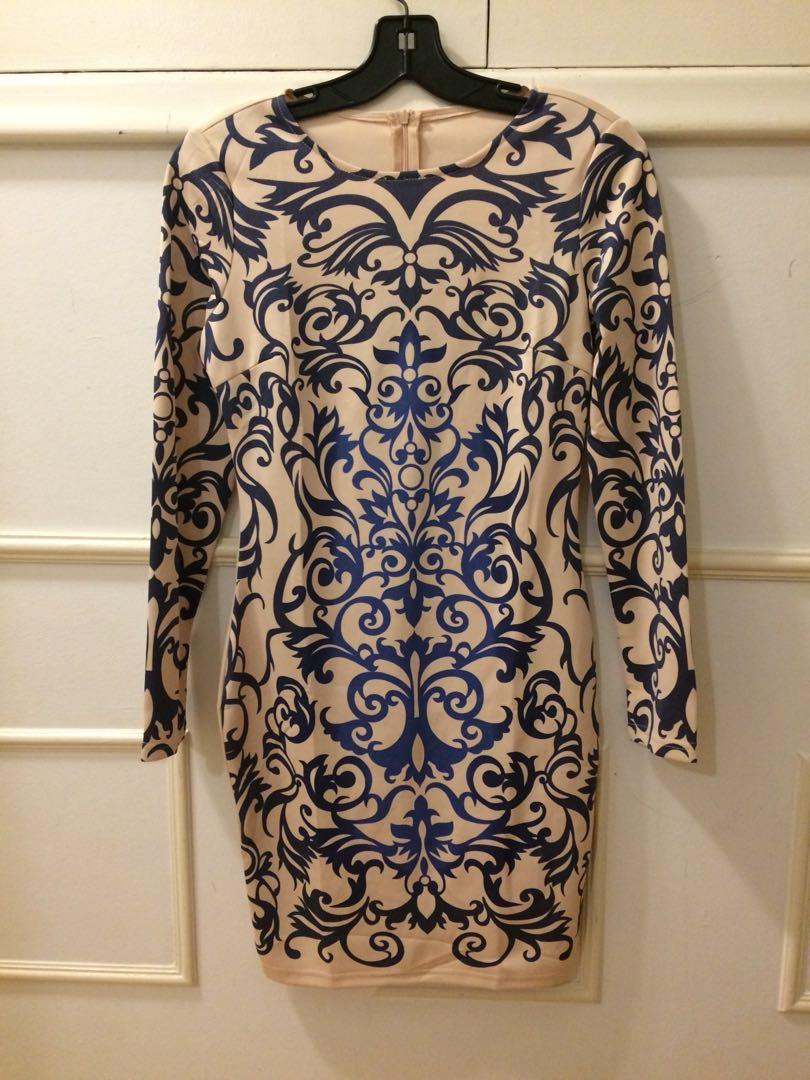 NEW! Baroque print bodycon dress