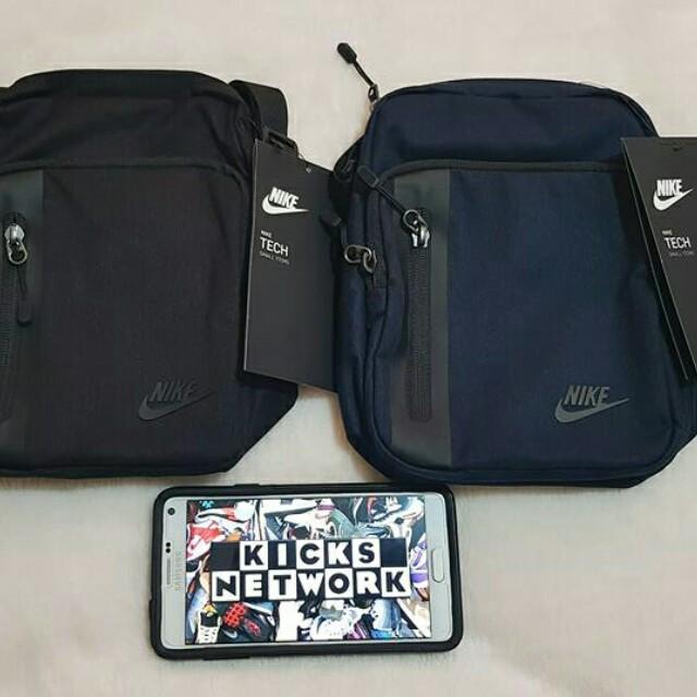 6cd400bf3028 Nike Core Tech Sling Bag 3.0
