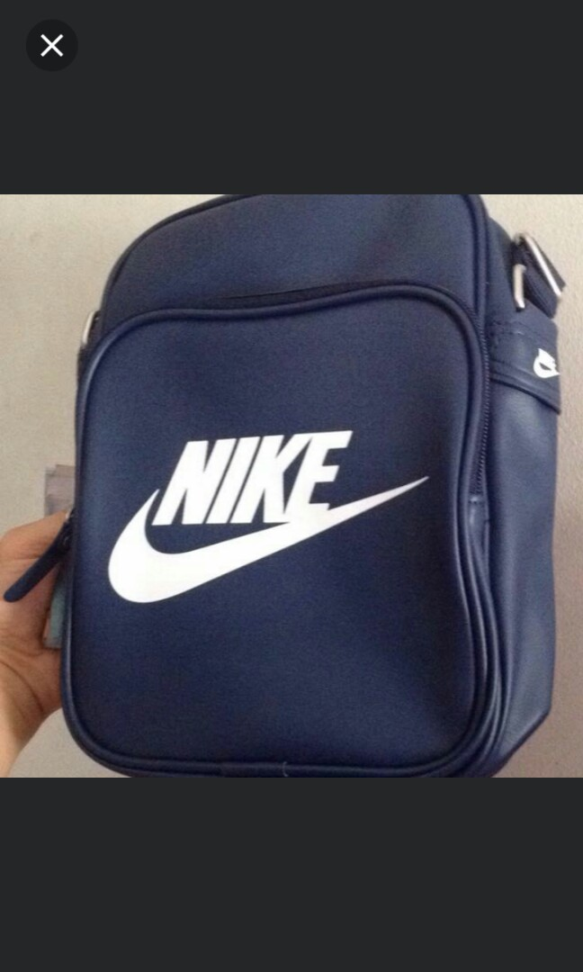 37f56f021cb Nike Heritage sling bag, Men s Fashion, Bags   Wallets, Wallets on Carousell