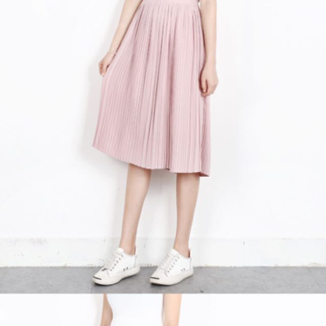 add401b63e Pleated Midi Skirt In Dusty Pink