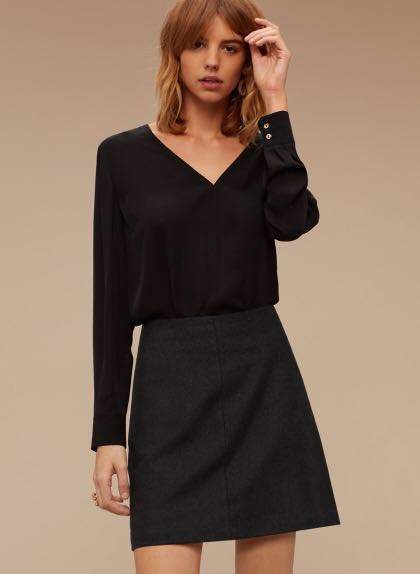 PRICE DROP Aritzia Wilfred Essonne Skirt Size 00