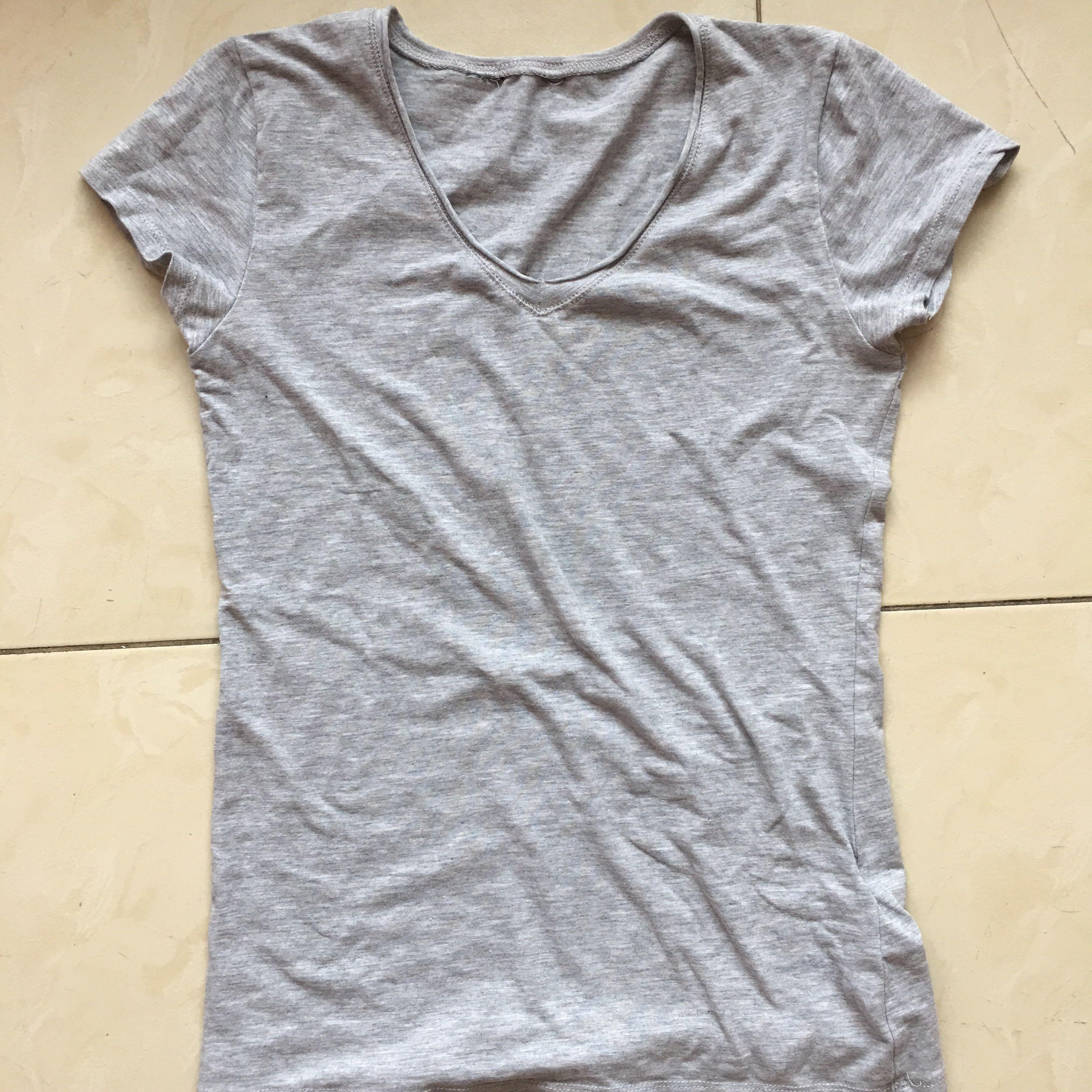 Pull & Bear Grey T-Shirt