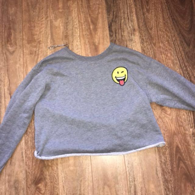 Suprè grey cropped smiley face sweat shirt