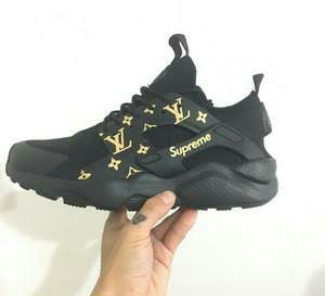 outlet store 83fdf 7f14f Supreme X Louis Vuitton X Nike Air Huaraches on Carousell