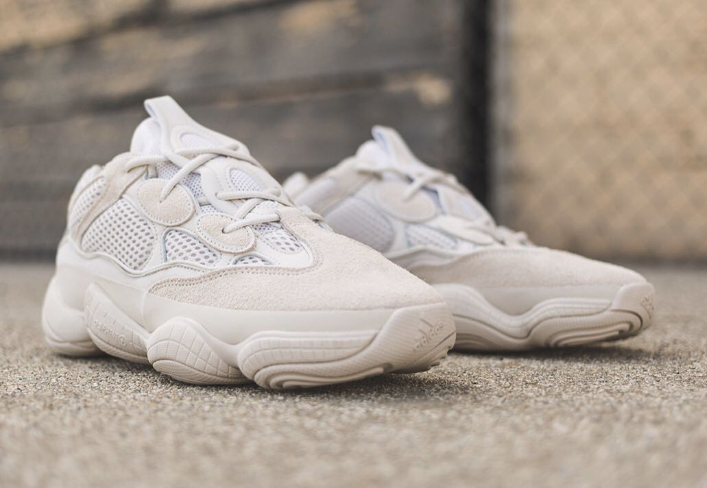 pretty nice eb375 45256 YEEZY 500 Blush ( Desert Rat) On hand, Men's Fashion ...