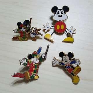 Disney Pins 迪士尼徽章