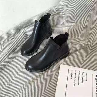 百搭簡約休閒 伸縮PU皮小皮鞋圓頭短靴