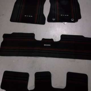 Toyota wish original car mat
