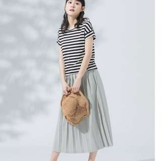 🚚 MOBO 優雅質感寬百褶長裙 淺灰色
