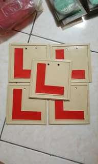 Plate L lama