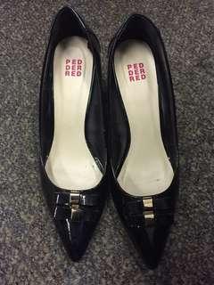 Black High Heels / Pumps