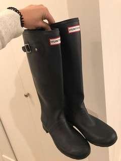 Hunter Women's Tall Rain Boots - Navy Blue