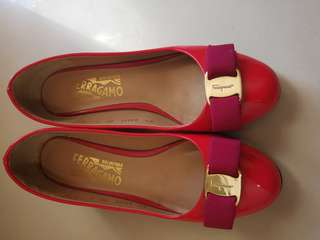Salvatore Ferragamo shoes!size 6