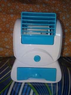 Mini-Multiplier Fan. (Maganda. Malamig. Mabango. Swak)