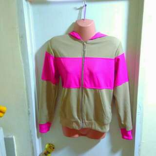 Hoodie in pink and nude