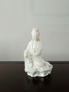 Guan Yin Figure Sitting On The Rock Height 21cm perfect condition