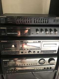 Vintage Pioneer Bose audio receiver speakers