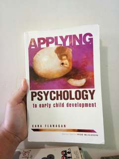 Psychology book Early Child Development