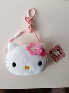 Hello Kitty slingbag (BN)
