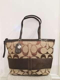 Coach Tote Signature Shoulder Bag In Brown
