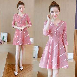 2018 spring and summer new female Korean small fresh seven-point sleeve Slim thin long dress cotton A-line skirt