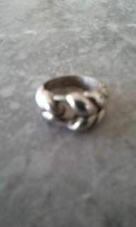 🚚 疑似純銀戒指