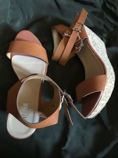 Figlia Wedge Shoes