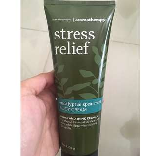 Bath & Body Works Aromatherapy Stress Relief Eucalyptus Spearmint Body Cream