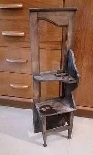 中 世紀 木 雜物架