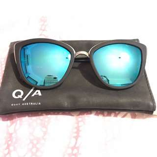 ** REDUCED** QUAY AUSTRALIA My Girl - Blue/black