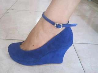 Pre order. Made to order wedge